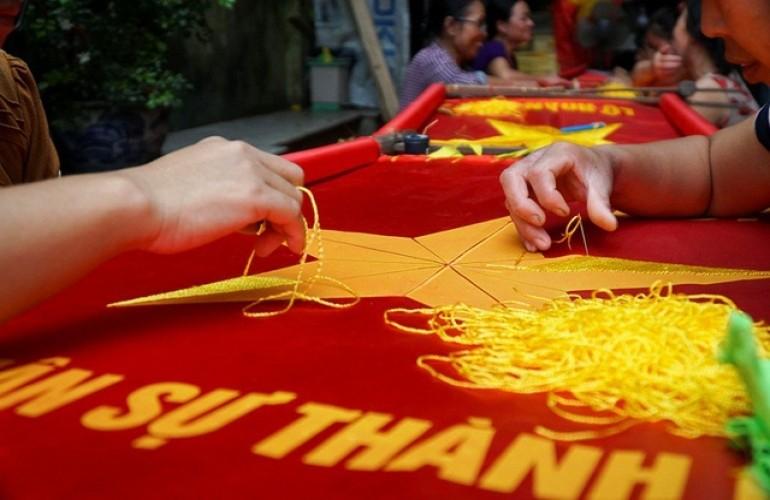 國旗縫製工匠——縫製出國魂