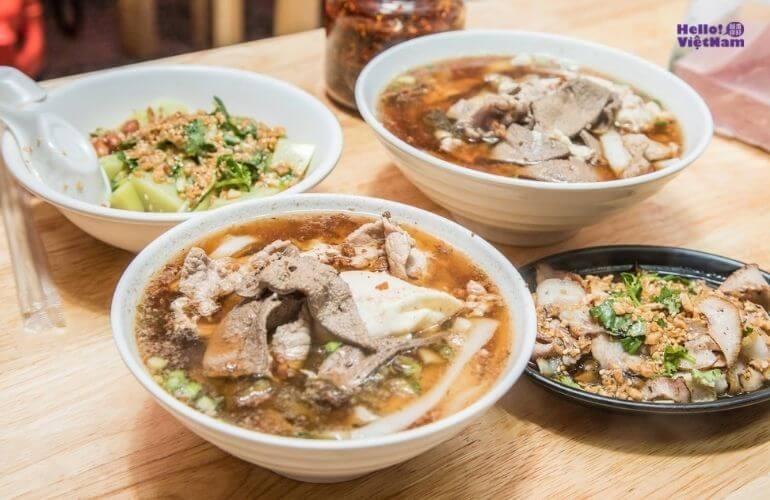 [Ẩm thực Đài Loan] Mì cán Long Cương - Hương vị của kí ức